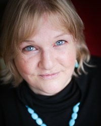 Lyn Farrell
